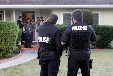Рейд на семьи нелегалов начнется в воскресенье. Он пройдет в 10 городах
