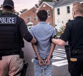 Иммиграционные рейды так и не состоялись. Трамп называет их очень успешными