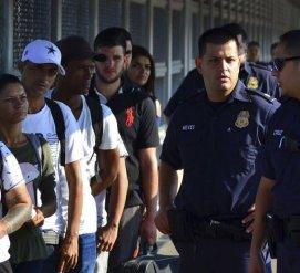 Беженцев на границе с США хотят отправлять в Гватемалу