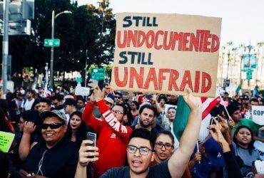 Иммигрантам грозит до $500 000 штрафа за жизнь без статуса в США