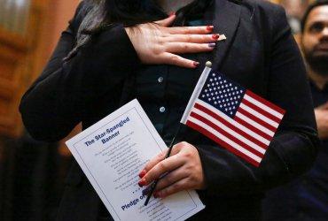 Вопрос о гражданстве в переписи: что думают русскоязычные и как он влияет на Америку