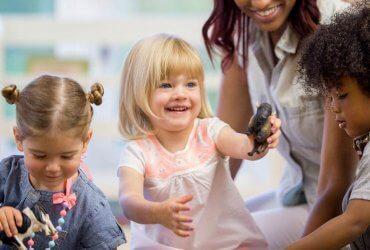 Как воспитать добрых детей