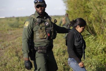 Нелегальных иммигрантов перестанут выпускать в США после задержания