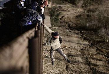 В убежище на границе США будут отказывать почти всем — решение Верховного суда