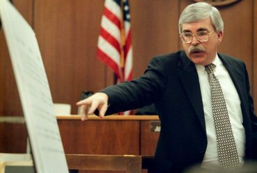 """На иммиграционном суде государственный обвинитель будет вас """"валить"""": почему важно это помнить"""