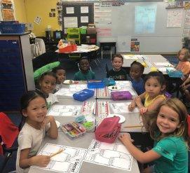 Как записать ребенка в детский сад в США и сколько это стоит
