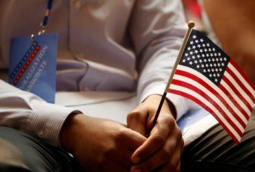 Мужчину с синдромом Дауна высмеяли на интервью в иммиграционной службе