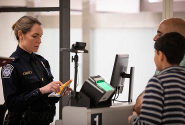 На границе США больше не будут обыскивать телефоны