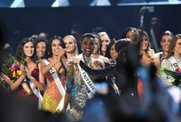 """""""Мисс Вселенная"""" 2019 года стала активистка из Южно-Африканской Республики"""
