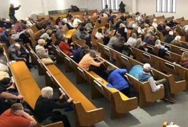 Стрельба в техасской церкви: прихожане сами убили преступника; двое погибли