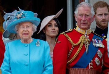 """Королева Елизавета поддерживает """"Мегзит"""", а Гарри и Меган создают бренд Sussex Royal"""