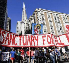 """Война с городами-убежищами: на """"прогрессивные"""" штаты подали в суд из-за иммигрантов"""