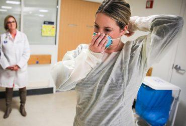 Иностранцам-медикам разрешили получать визы и другие обновления иммиграционной службы
