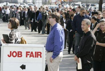 Пособие по безработице смогут получить почти все