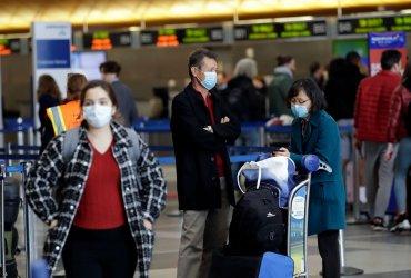 Русскоязычные рассказывают, что сейчас происходит в аэропортах США