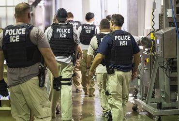Иммиграционная полиция Нью-Йорка не выпускает иностранцев под залог