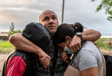 США обязуются принимать 250 просителей убежища в день