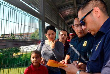 """Убежище на границе: где искать поручителя и почему не всегда нужно брать """"частников"""""""